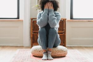 現代の孤独感は、50年前よりひどい!?その影響とそうなった訳とは